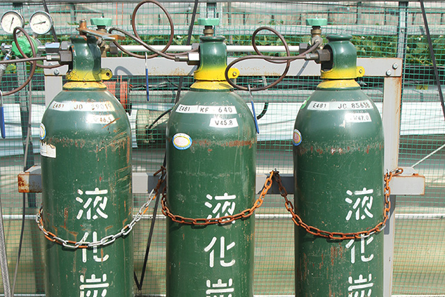 炭酸ガス発生装置(生ガス)